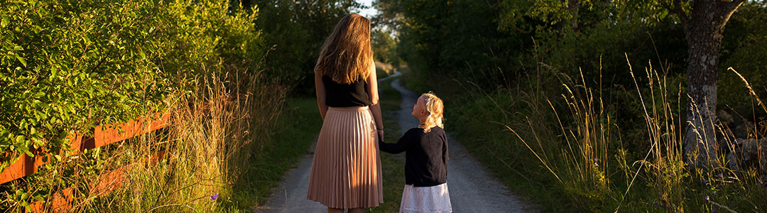 parent-child-bonding-outside-activity2